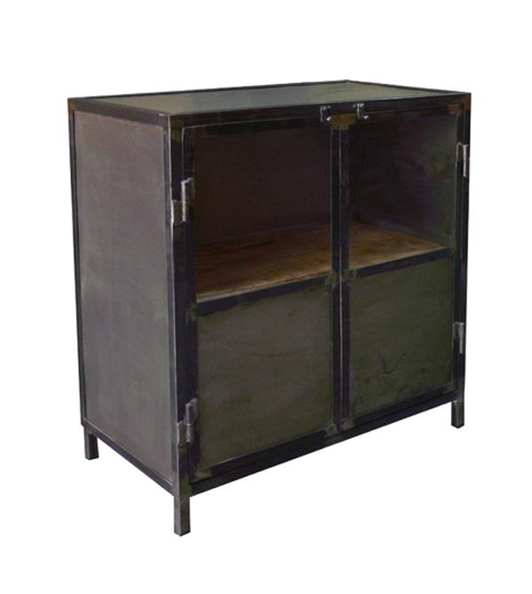 Armarios en hierro estilo vintage e industrial mesas y for Armarios estilo industrial