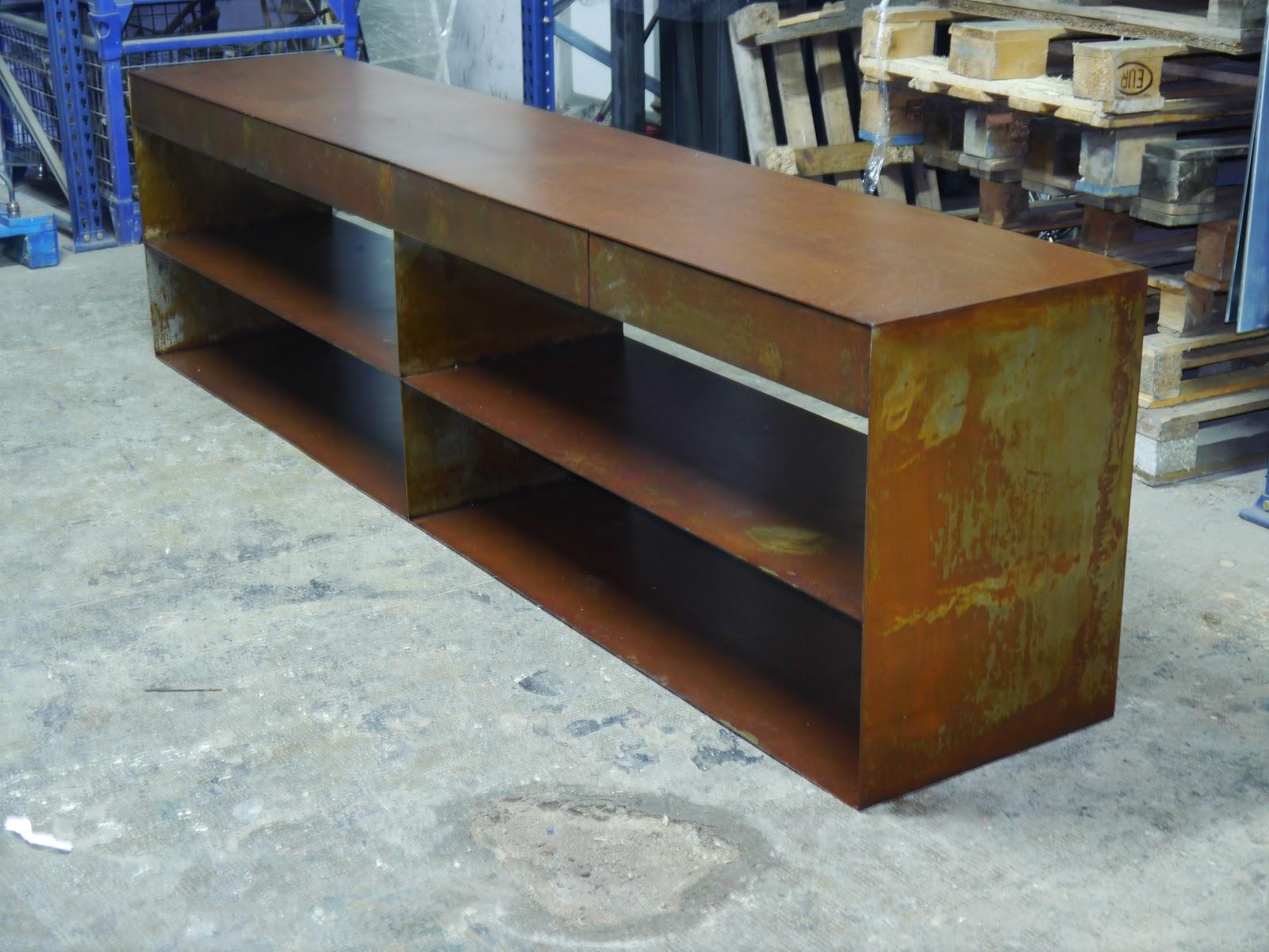 Estanteria vertical mesas y sillas de estilo vintage - Muebles de hierro ...