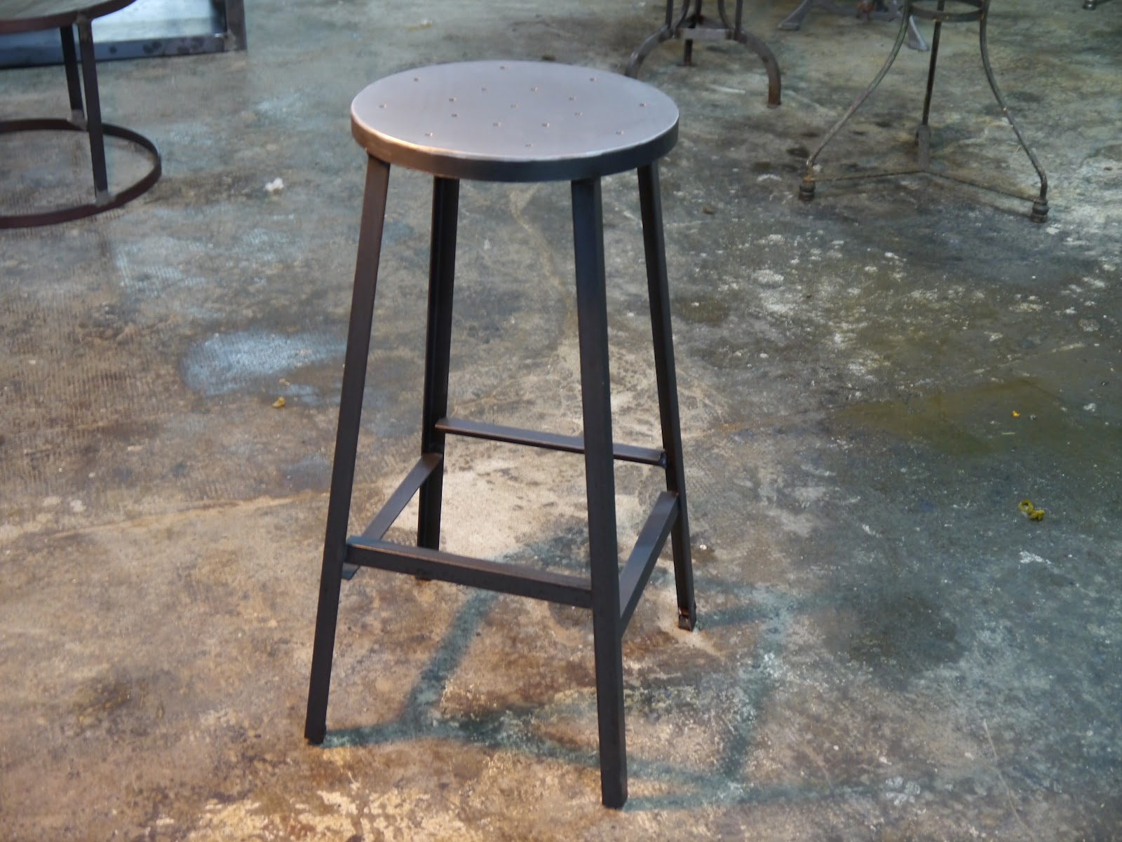 Decoraci n rustica mesas y sillas de estilo vintage retro industrial hosteleria - Sillas hosteleria barcelona ...