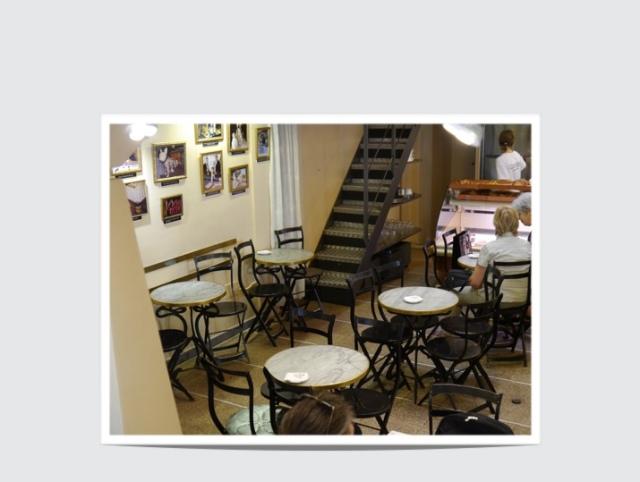 Mesas de m rmol y hierro mesas y sillas de estilo for Mesas y sillas hosteleria