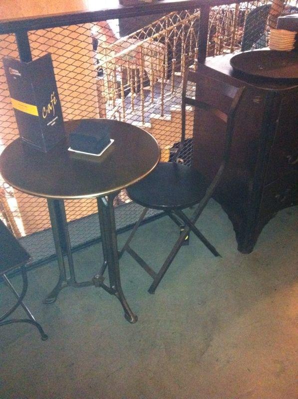 Muebles la misi n madrid mesas y sillas de estilo - Muebles vintage en barcelona ...