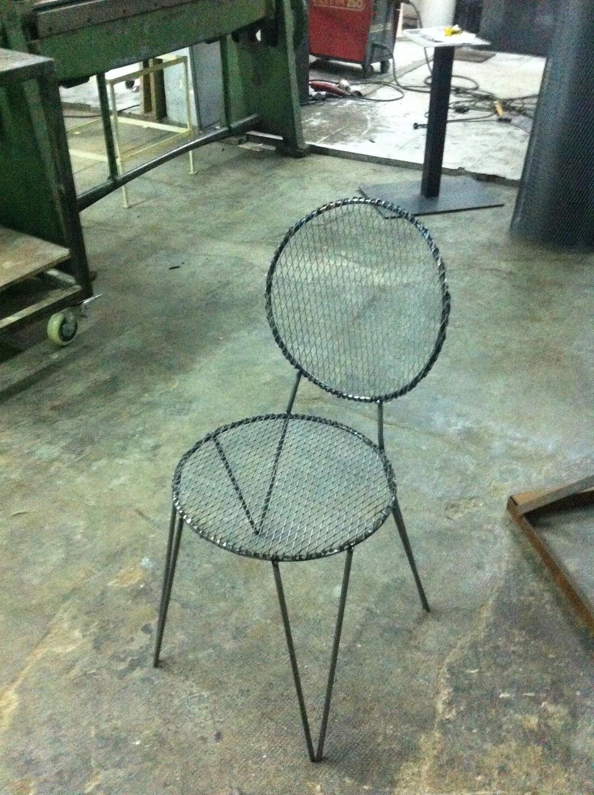 Silla hierro exterior mesas y sillas de estilo vintage for Modelos de sillas de hierro
