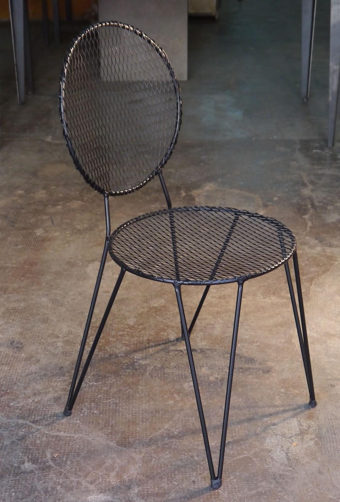 Nuevos modelos de sillas mesas y sillas de estilo for Mesas de hierro forjado y madera