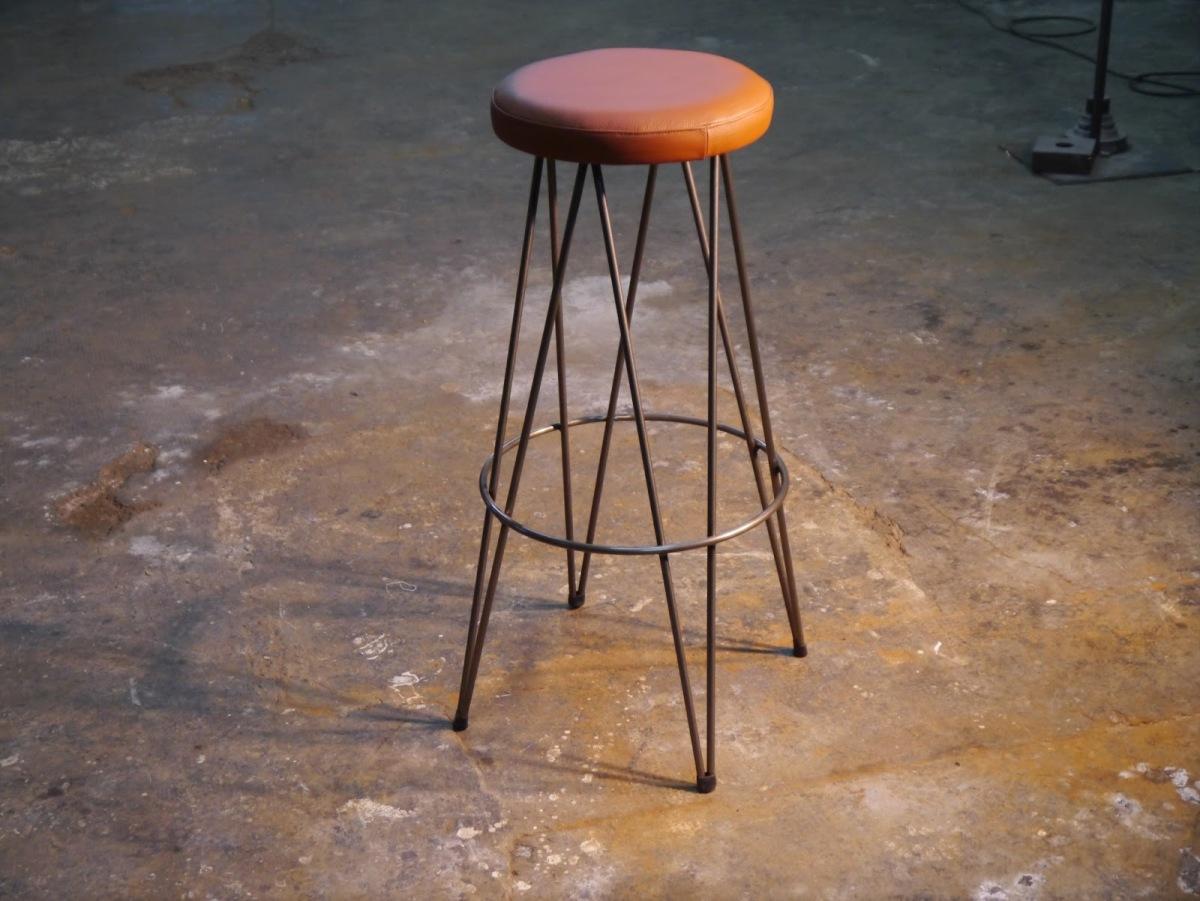 Nuevos modelos de muebles 2013 dadra mesas y sillas de estilo vintage retro industrial hosteleria - Sillas hosteleria barcelona ...