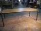 Mesa de hierro soldada y tablones de madera envejecida