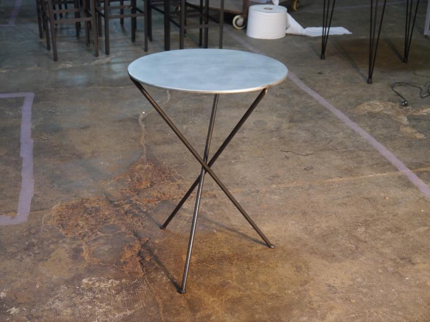 Mesa terraza redonda diametro 60 en hierro mesas y for Mesas y sillas para terraza