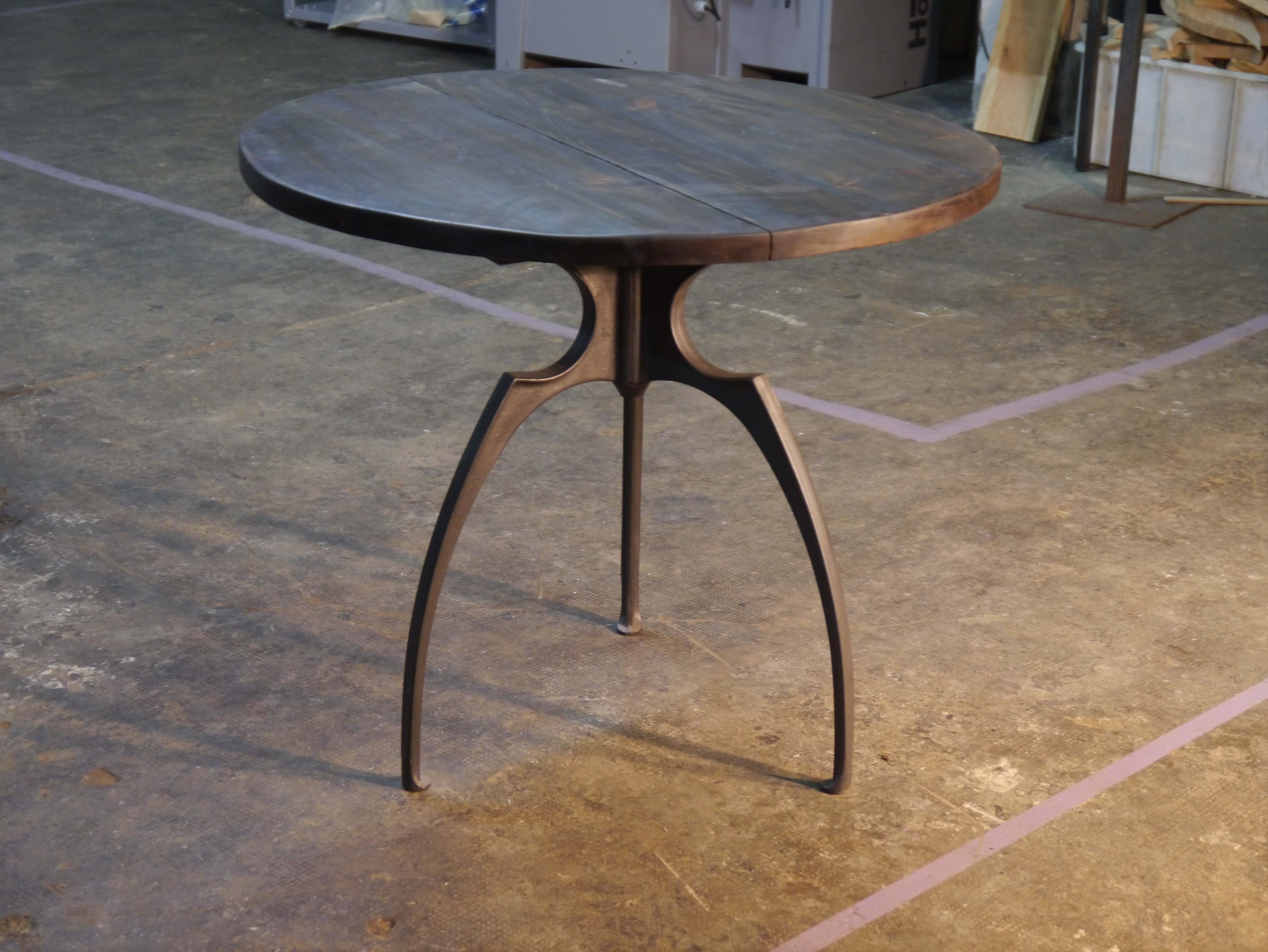 Mesas y sillas retro mobiliario vintage de estilo industrial de madera y hierro sillas - Sillas hosteleria barcelona ...