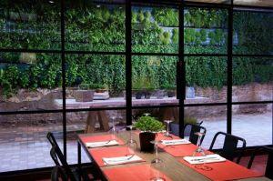restaurante tanta barcelona muebles de dadra silla rochellle