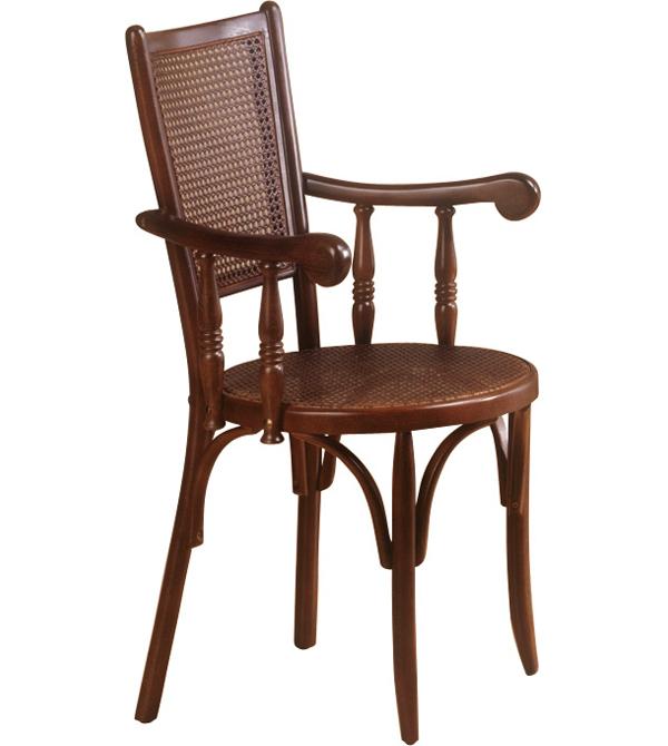 Sillon de madera y rejilla clasica grande dante mesas y for Sillas de madera clasicas tapizadas